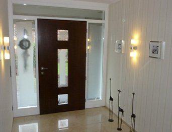 Haus- & Zimmertüren