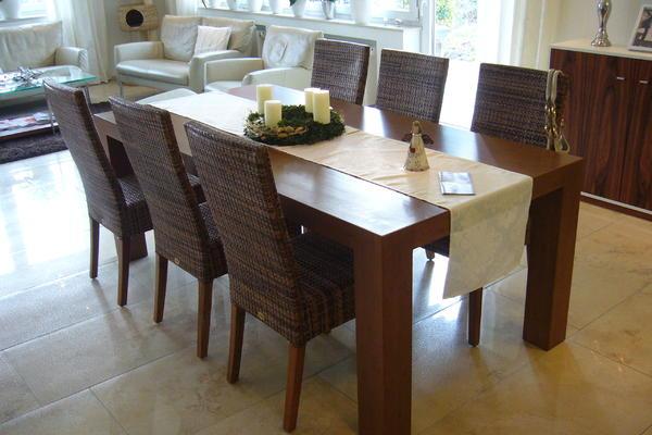 Tisch aus Bambus