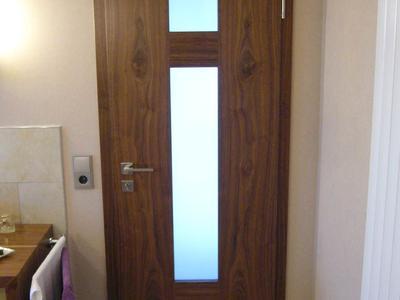 Zimmertüre aus Nußbaum